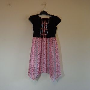 Girls size S 6-6X cute dress  *buy 3 items this $3